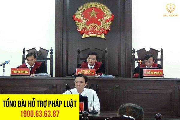 Tòa án sẽ căn cứ pháp luật tố tụng để tạm đình chỉ vụ án