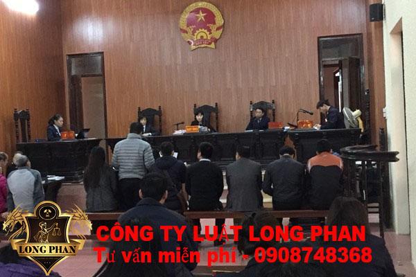 Khởi kiện tranh chấp đất tại tòa án