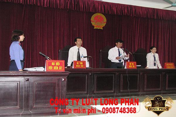 Giải quyết tranh chấp đất có sổ đỏ tại Tòa án