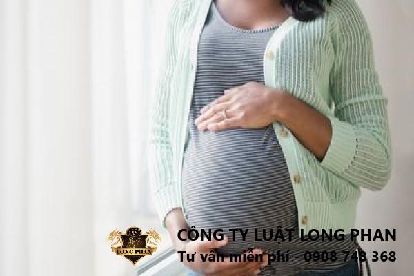 Mua bán bào thai có thể bị xử lý về tội mua bán người với mức phạt tù từ 5 năm đến 20 năm