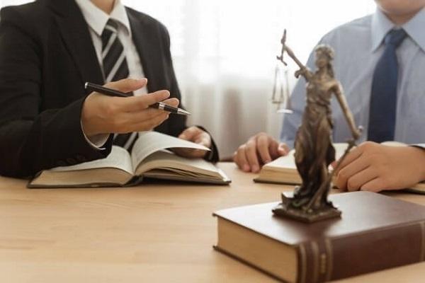 Giải quyết tranh chấp hợp đồng nhượng quyền thương mại